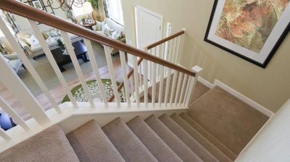 Hướng dẫn chọn thảm cho cầu thang