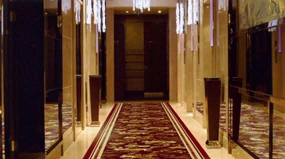 Thảm đường dẫn trong khách sạn nên chọn màu sắc và chất liệu như thế nào?