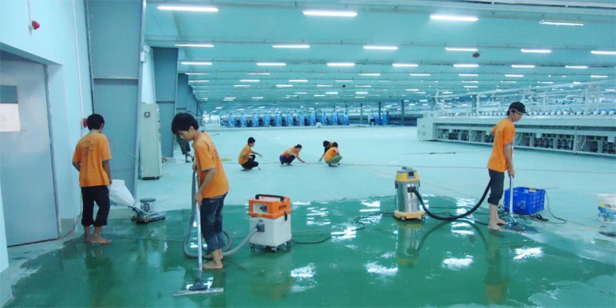 Kiểm tra mặt bằng và vệ sinh mặt sàn